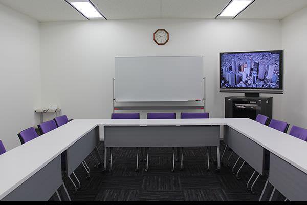 会議室A 貸会議室 新宿駅西口...